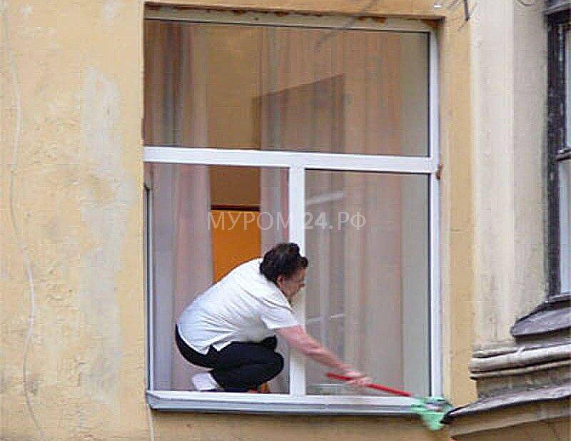 """На """"старом"""" южном женщина выпала из окна """" муром24 - новостн."""