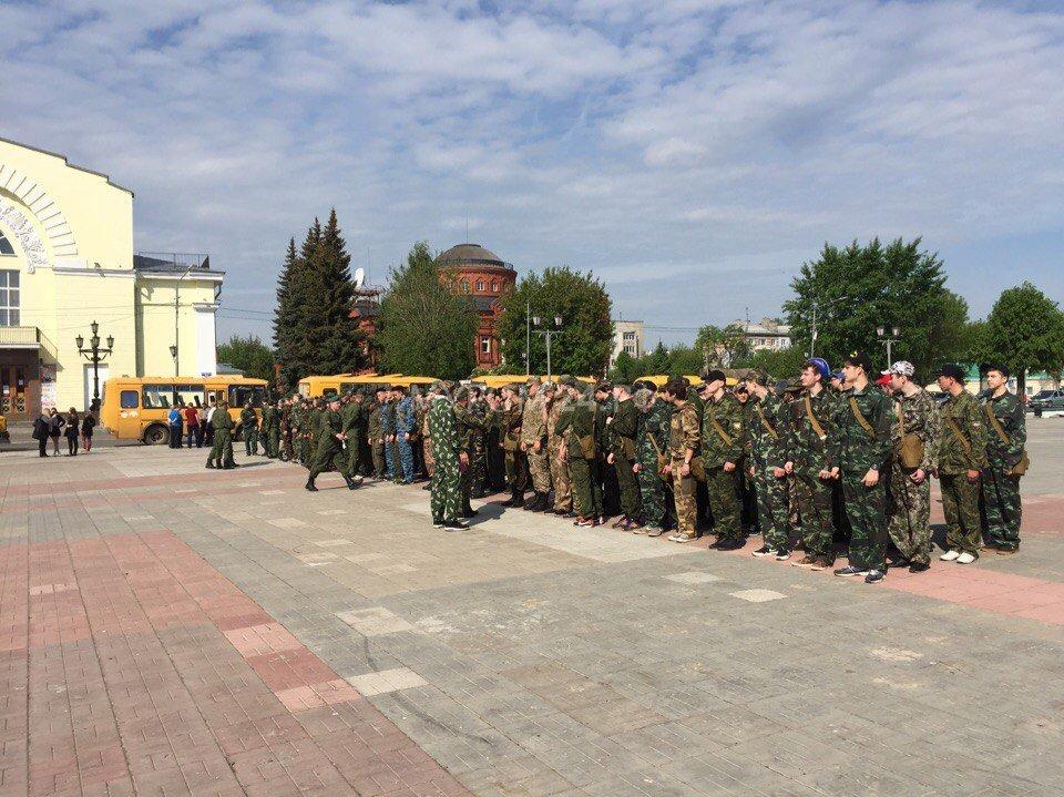 знакомство с армейской жизнью